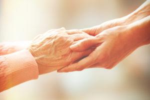 Hilfe für die Hände, Pflege für ältere Menschen Konzept